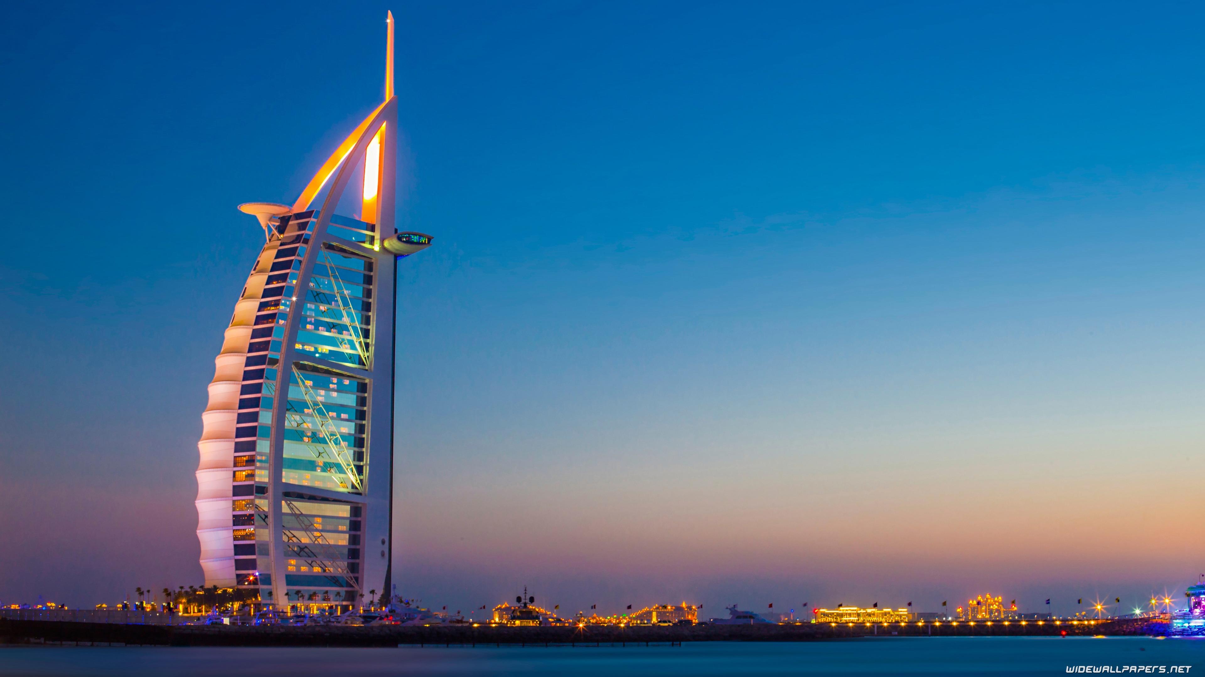 burj al arab skyscraper, Dubai