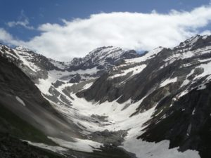 sky view of mountain amarnath