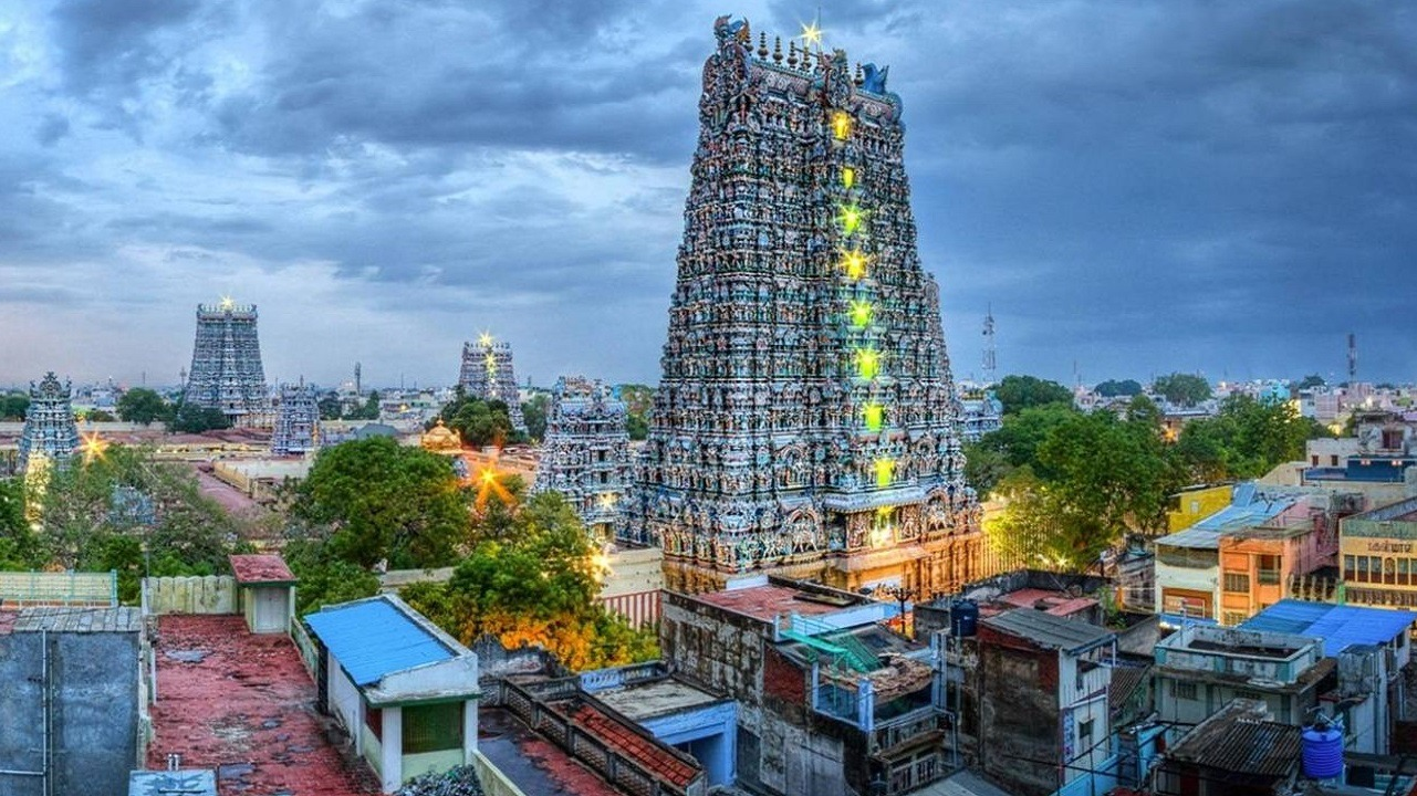 meenakshi temple in south of india